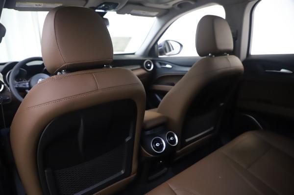 New 2020 Alfa Romeo Stelvio Q4 for sale $49,795 at Alfa Romeo of Greenwich in Greenwich CT 06830 21
