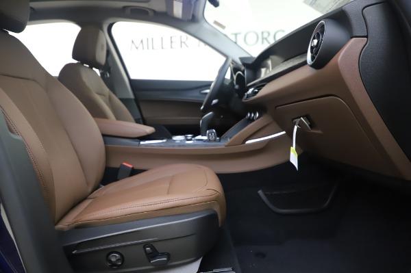 New 2020 Alfa Romeo Stelvio Q4 for sale $49,795 at Alfa Romeo of Greenwich in Greenwich CT 06830 24