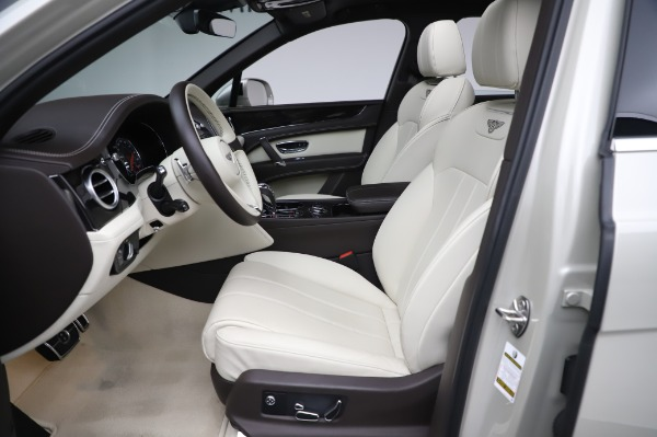 Used 2018 Bentley Bentayga Onyx Edition for sale Call for price at Alfa Romeo of Greenwich in Greenwich CT 06830 18