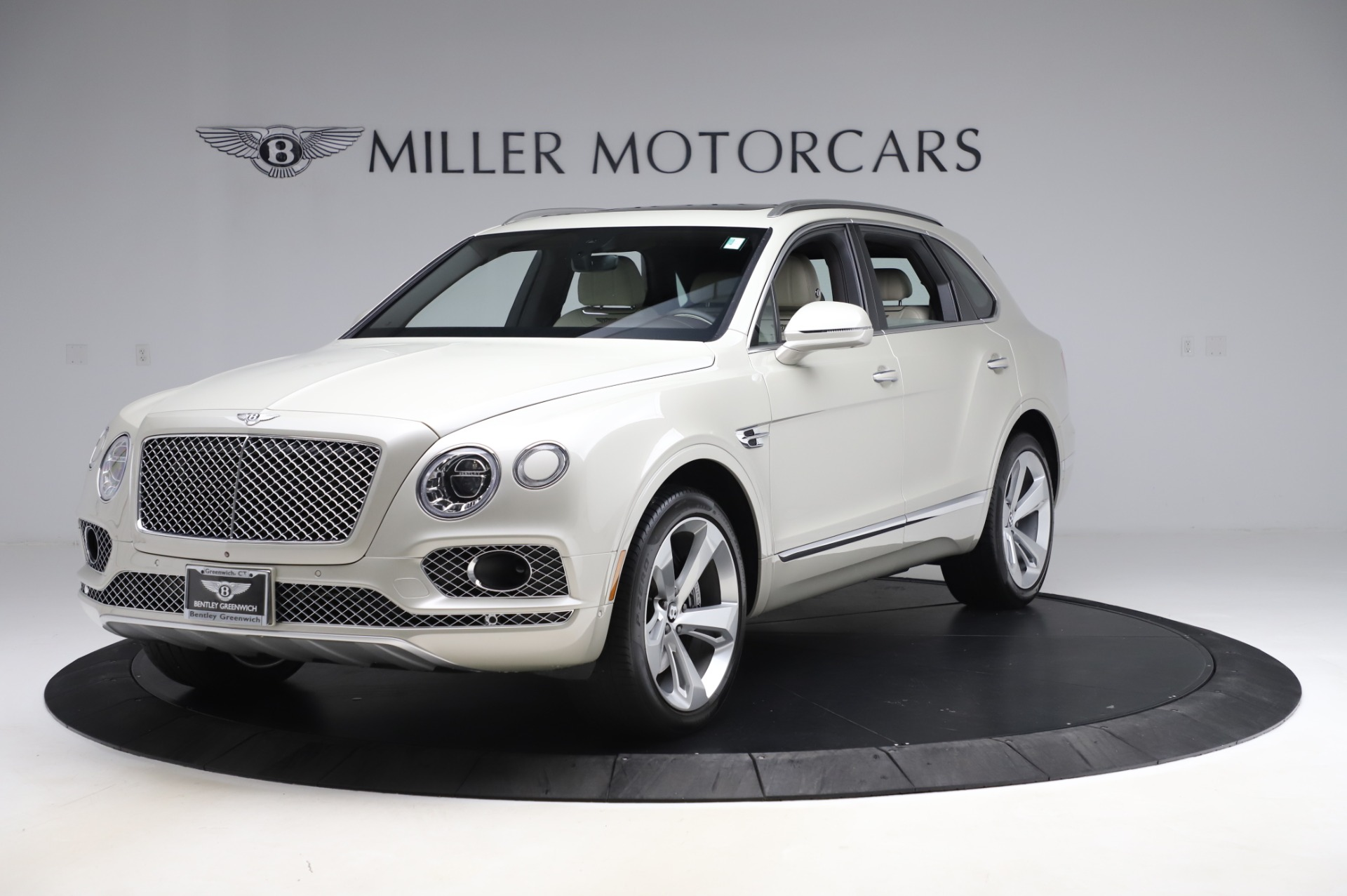 Used 2018 Bentley Bentayga Onyx Edition for sale Call for price at Alfa Romeo of Greenwich in Greenwich CT 06830 1