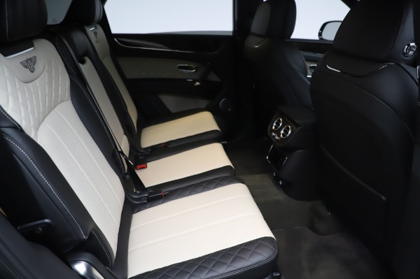 Used 2020 Bentley Bentayga V8 for sale Sold at Alfa Romeo of Greenwich in Greenwich CT 06830 24