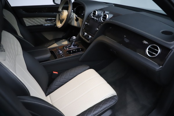 Used 2020 Bentley Bentayga V8 for sale Sold at Alfa Romeo of Greenwich in Greenwich CT 06830 27