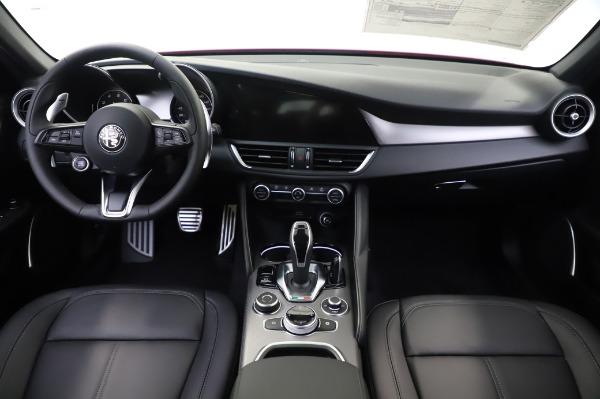 New 2020 Alfa Romeo Giulia Sport Q4 for sale $48,895 at Alfa Romeo of Greenwich in Greenwich CT 06830 19