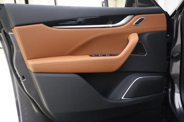New 2020 Maserati Levante Q4 for sale $84,499 at Alfa Romeo of Greenwich in Greenwich CT 06830 17