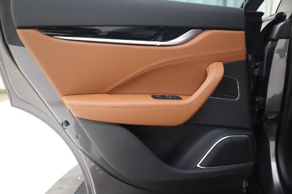 New 2020 Maserati Levante Q4 for sale $84,499 at Alfa Romeo of Greenwich in Greenwich CT 06830 21