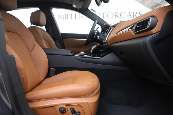 New 2020 Maserati Levante Q4 for sale $84,499 at Alfa Romeo of Greenwich in Greenwich CT 06830 23