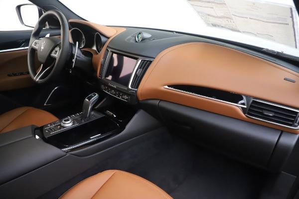 New 2020 Maserati Levante Q4 for sale $84,499 at Alfa Romeo of Greenwich in Greenwich CT 06830 24