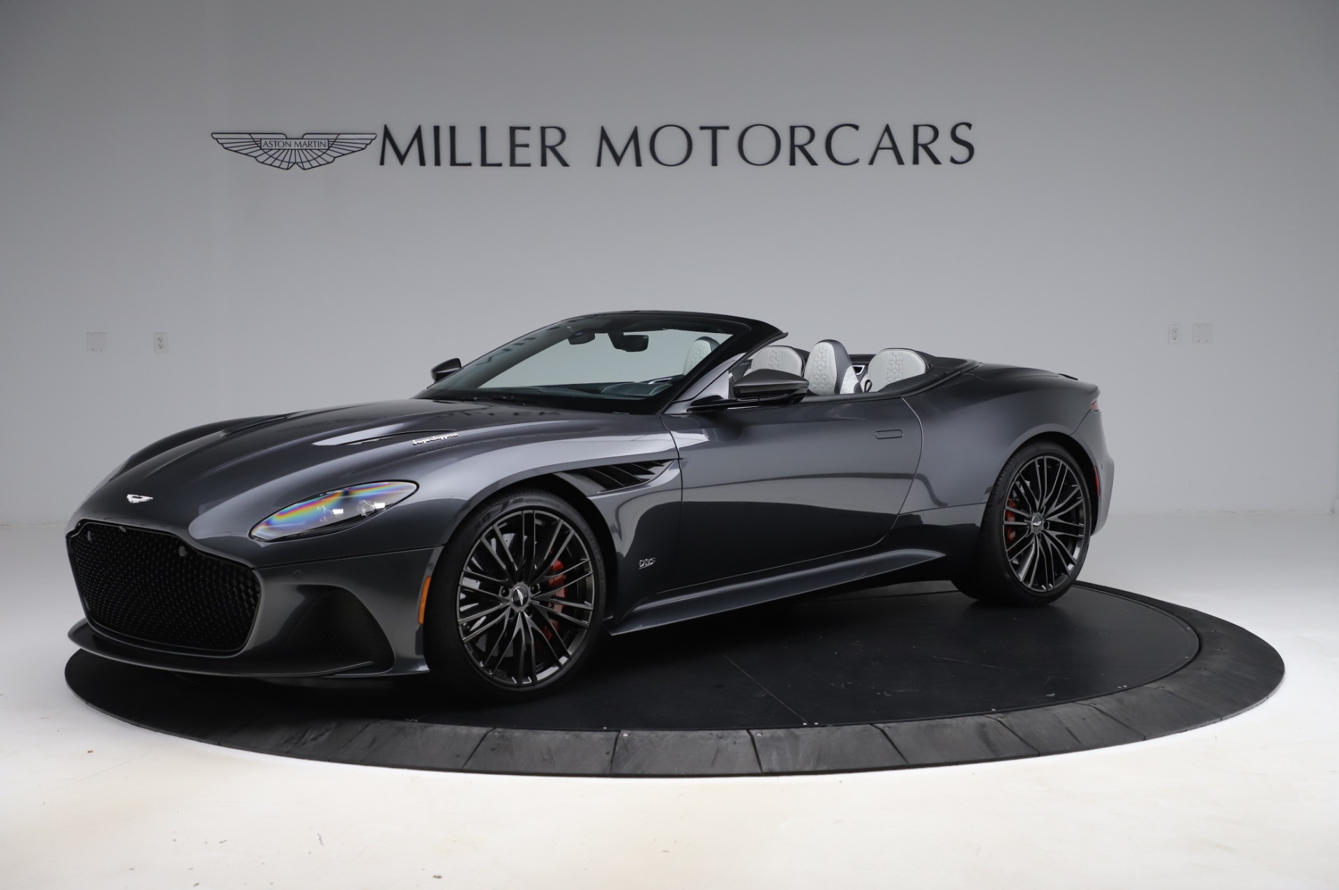 Used 2020 Aston Martin DBS Superleggera for sale $329,900 at Alfa Romeo of Greenwich in Greenwich CT 06830 1