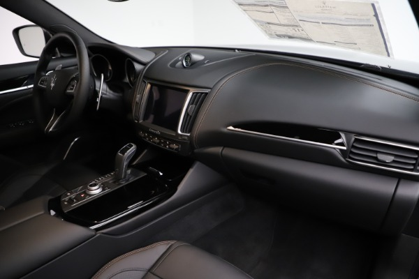 New 2020 Maserati Levante Q4 GranSport for sale Sold at Alfa Romeo of Greenwich in Greenwich CT 06830 23