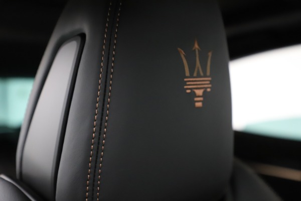 New 2020 Maserati Levante Q4 GranSport for sale Sold at Alfa Romeo of Greenwich in Greenwich CT 06830 28