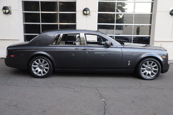 Used 2014 Rolls-Royce Phantom for sale $219,900 at Alfa Romeo of Greenwich in Greenwich CT 06830 11