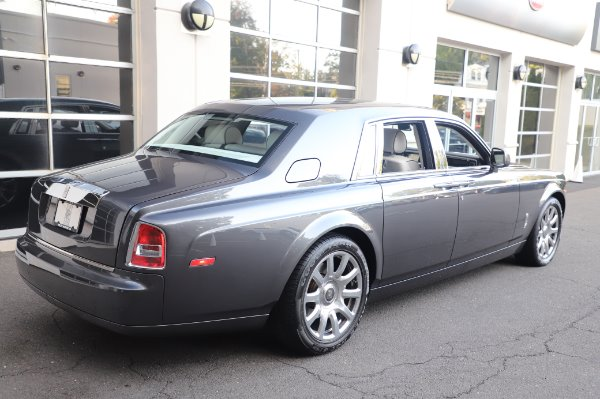 Used 2014 Rolls-Royce Phantom for sale $219,900 at Alfa Romeo of Greenwich in Greenwich CT 06830 12