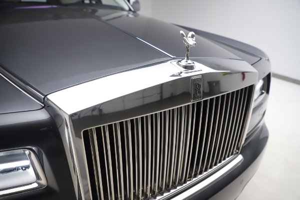 Used 2014 Rolls-Royce Phantom for sale $219,900 at Alfa Romeo of Greenwich in Greenwich CT 06830 15