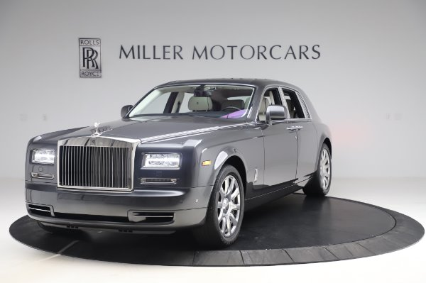 Used 2014 Rolls-Royce Phantom for sale $219,900 at Alfa Romeo of Greenwich in Greenwich CT 06830 5