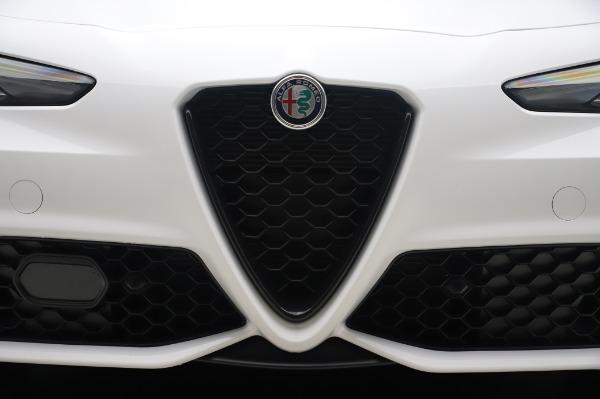 New 2020 Alfa Romeo Giulia Ti Sport Q4 for sale $46,495 at Alfa Romeo of Greenwich in Greenwich CT 06830 13