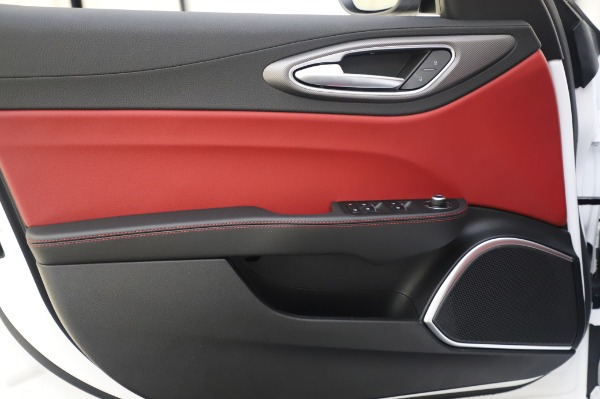 New 2020 Alfa Romeo Giulia Ti Sport Q4 for sale $46,495 at Alfa Romeo of Greenwich in Greenwich CT 06830 21