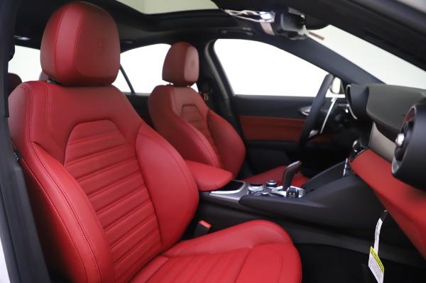 New 2020 Alfa Romeo Giulia Ti Sport Q4 for sale $46,495 at Alfa Romeo of Greenwich in Greenwich CT 06830 22