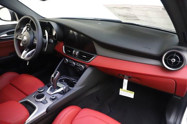 New 2020 Alfa Romeo Giulia Ti Sport Q4 for sale $46,495 at Alfa Romeo of Greenwich in Greenwich CT 06830 24