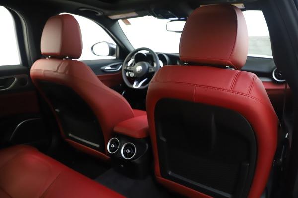 New 2020 Alfa Romeo Giulia Ti Sport Q4 for sale $46,495 at Alfa Romeo of Greenwich in Greenwich CT 06830 28
