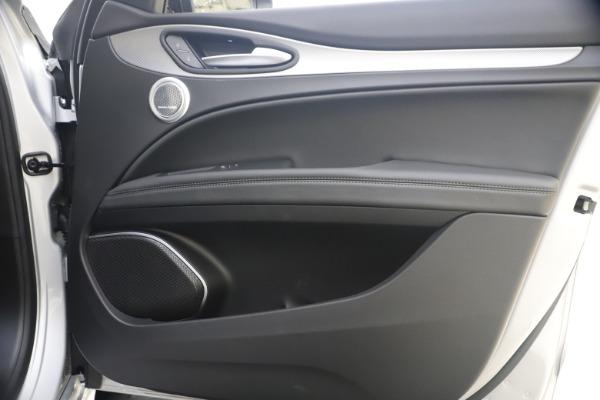 New 2020 Alfa Romeo Stelvio Ti Sport Q4 for sale $54,795 at Alfa Romeo of Greenwich in Greenwich CT 06830 25