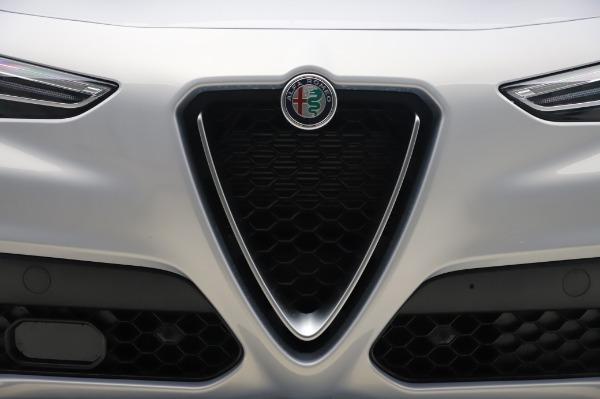 New 2020 Alfa Romeo Stelvio Ti Lusso Q4 for sale $54,145 at Alfa Romeo of Greenwich in Greenwich CT 06830 13
