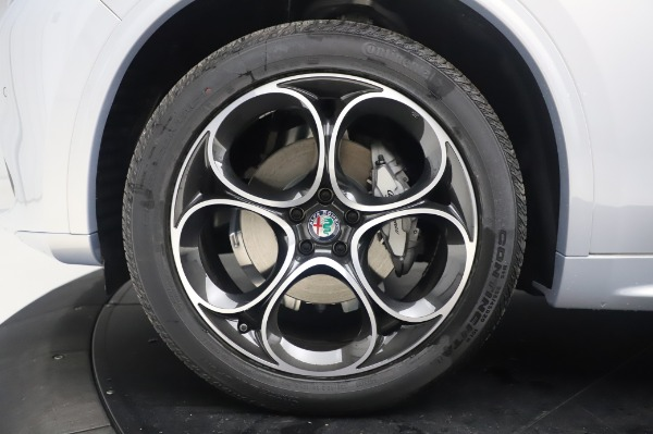 New 2020 Alfa Romeo Stelvio Ti Lusso Q4 for sale $54,145 at Alfa Romeo of Greenwich in Greenwich CT 06830 14