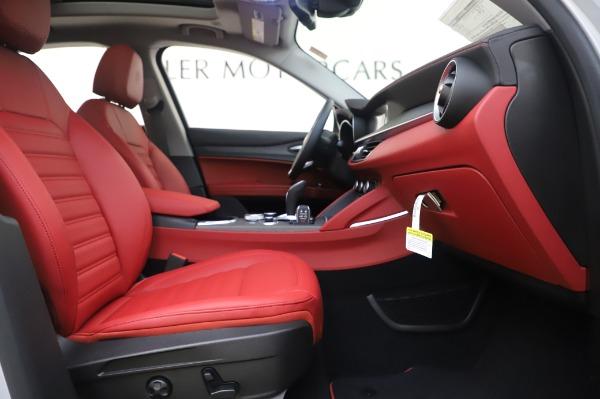 New 2020 Alfa Romeo Stelvio Ti Lusso Q4 for sale $54,145 at Alfa Romeo of Greenwich in Greenwich CT 06830 24