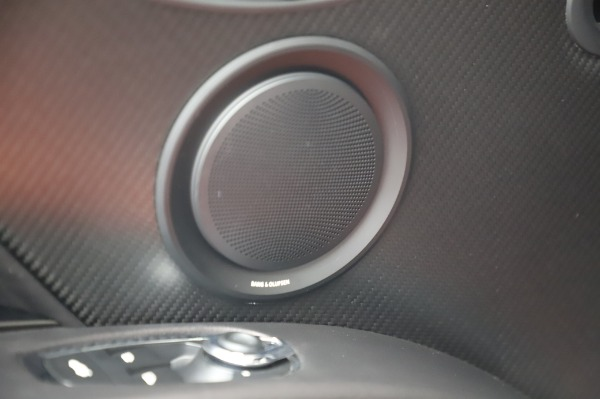Used 2020 Aston Martin DBS Superleggera Volante for sale $339,800 at Alfa Romeo of Greenwich in Greenwich CT 06830 19