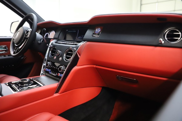 Used 2021 Rolls-Royce Cullinan for sale Sold at Alfa Romeo of Greenwich in Greenwich CT 06830 16