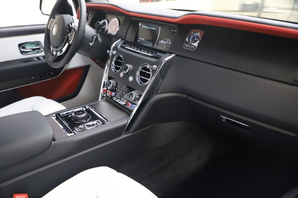 New 2021 Rolls-Royce Cullinan for sale Sold at Alfa Romeo of Greenwich in Greenwich CT 06830 16