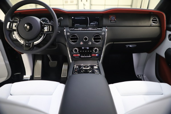 New 2021 Rolls-Royce Cullinan for sale Sold at Alfa Romeo of Greenwich in Greenwich CT 06830 27