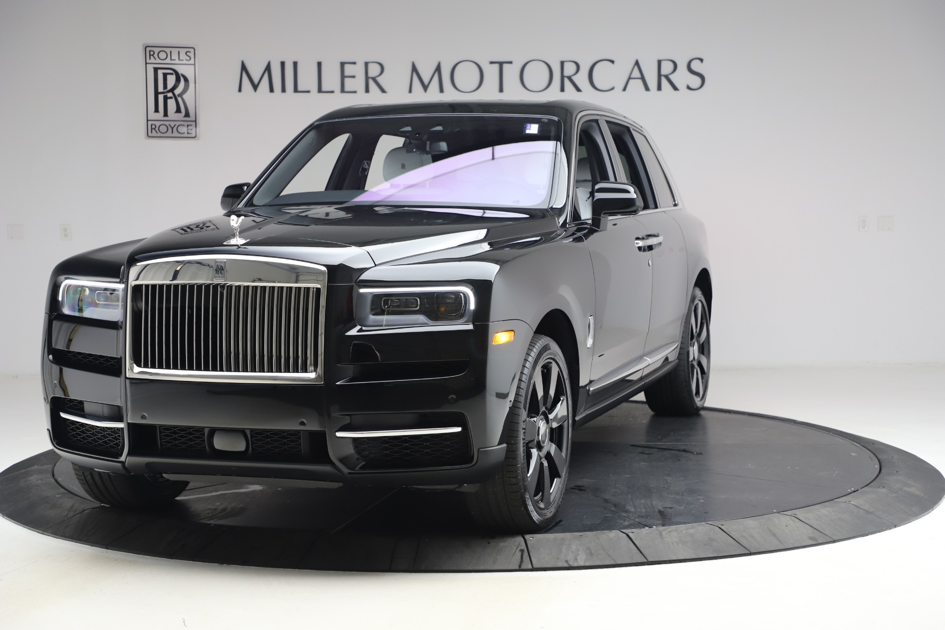 New 2021 Rolls-Royce Cullinan for sale $369,975 at Alfa Romeo of Greenwich in Greenwich CT 06830 1