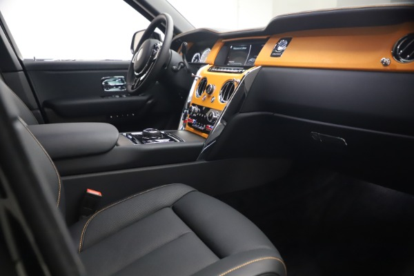 New 2021 Rolls-Royce Cullinan for sale $372,725 at Alfa Romeo of Greenwich in Greenwich CT 06830 18