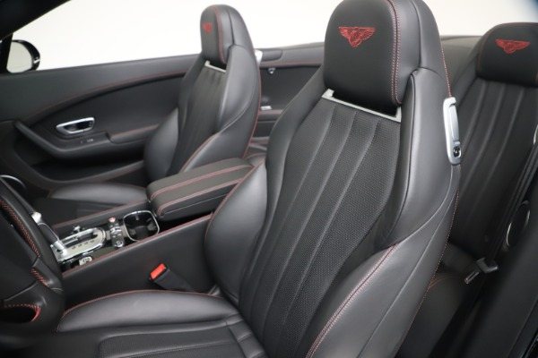 Used 2014 Bentley Continental GT Convertible V8 S for sale $109,900 at Alfa Romeo of Greenwich in Greenwich CT 06830 26