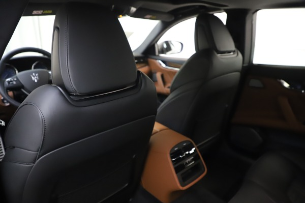 New 2020 Maserati Quattroporte S Q4 GranSport for sale $125,085 at Alfa Romeo of Greenwich in Greenwich CT 06830 20