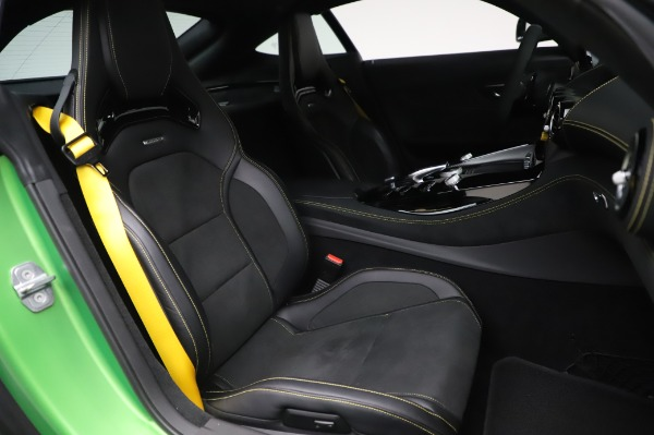 Used 2019 Mercedes-Benz AMG GT R for sale $155,900 at Alfa Romeo of Greenwich in Greenwich CT 06830 21