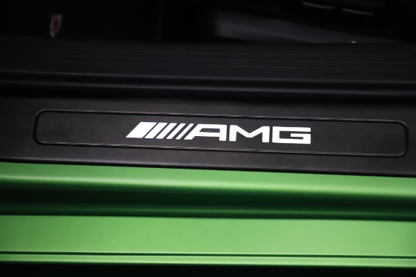 Used 2019 Mercedes-Benz AMG GT R for sale $155,900 at Alfa Romeo of Greenwich in Greenwich CT 06830 27