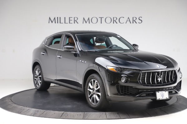 Used 2017 Maserati Levante Q4 for sale $51,900 at Alfa Romeo of Greenwich in Greenwich CT 06830 12