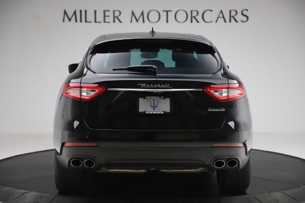 Used 2017 Maserati Levante Q4 for sale $51,900 at Alfa Romeo of Greenwich in Greenwich CT 06830 7