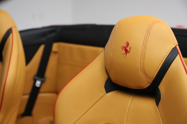 Used 2016 Ferrari California T for sale Sold at Alfa Romeo of Greenwich in Greenwich CT 06830 18
