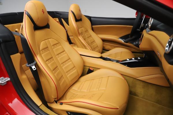 Used 2016 Ferrari California T for sale Sold at Alfa Romeo of Greenwich in Greenwich CT 06830 26