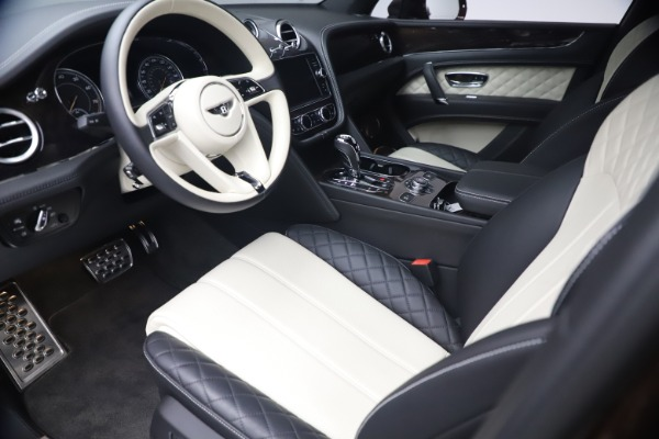 Used 2020 Bentley Bentayga V8 for sale $189,900 at Alfa Romeo of Greenwich in Greenwich CT 06830 17