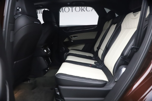 Used 2020 Bentley Bentayga V8 for sale $189,900 at Alfa Romeo of Greenwich in Greenwich CT 06830 22