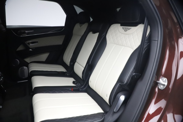 Used 2020 Bentley Bentayga V8 for sale $189,900 at Alfa Romeo of Greenwich in Greenwich CT 06830 23