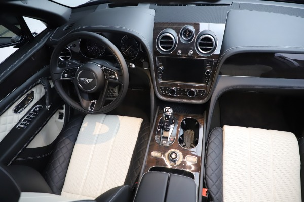 Used 2020 Bentley Bentayga V8 for sale Sold at Alfa Romeo of Greenwich in Greenwich CT 06830 23