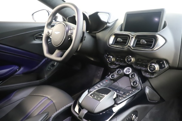 Used 2020 Aston Martin Vantage Coupe for sale $155,800 at Alfa Romeo of Greenwich in Greenwich CT 06830 16
