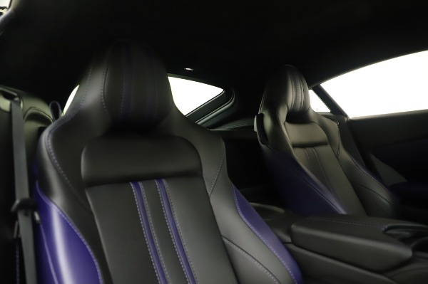 Used 2020 Aston Martin Vantage Coupe for sale $155,800 at Alfa Romeo of Greenwich in Greenwich CT 06830 18