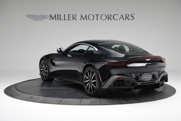 Used 2019 Aston Martin Vantage Coupe for sale $129,900 at Alfa Romeo of Greenwich in Greenwich CT 06830 4