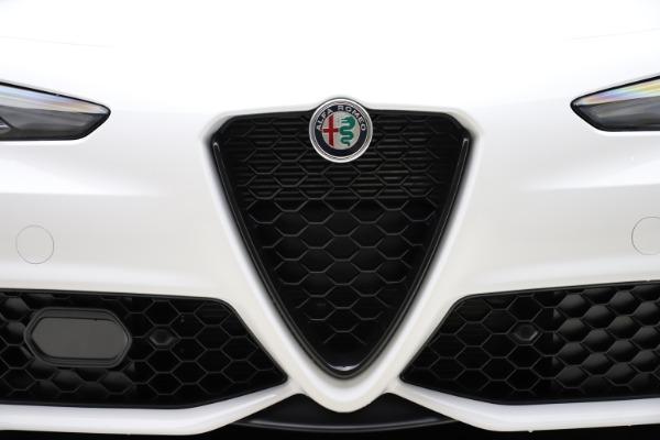 New 2020 Alfa Romeo Giulia Ti Sport Q4 for sale $51,495 at Alfa Romeo of Greenwich in Greenwich CT 06830 26
