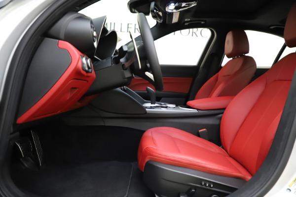 New 2020 Alfa Romeo Giulia Sport Q4 for sale Sold at Alfa Romeo of Greenwich in Greenwich CT 06830 14